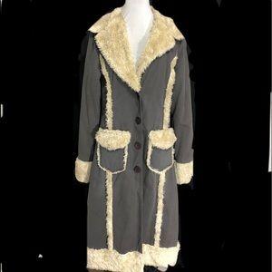 Jackets & Blazers - OBOE Long Grey Coat Cream Faux Fur Large